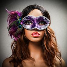 Venetian Side Feather Glitter Eyes Mask - Silver Purple with female model