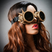 Steampunk Goggles with Spike - Metallic Gold (with female model)