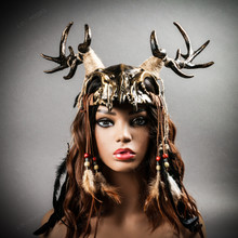 Antelope Devil Deer Horn Skull Ghost Masquerade Mask - Black Gold (wear as head gear)