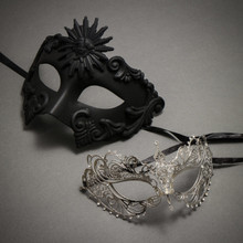 Black Roman Greek Emperor Masquerade Mask & Silver Charming Princess Diamond - Couple