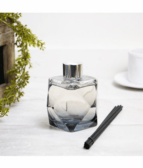 Grey Geometry Diffuser with 180mL Cotton Caress Fragrance Oil - Lampe Berger by Maison Berger