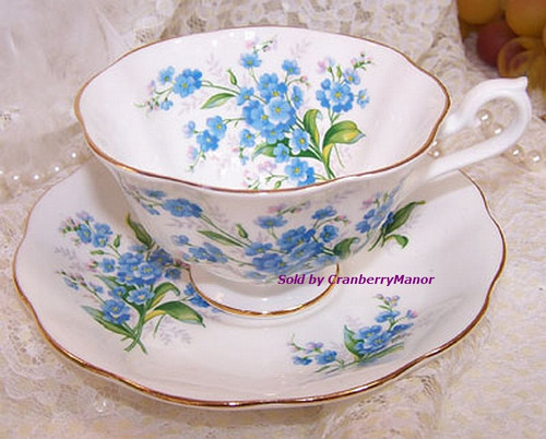 Royal Albert English Bone China Cup and Saucer Forget-Me-Not Pattern