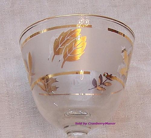 Libbey Gold Leaf Glass Oyster or Fruit Cocktail or Dessert Vintage 1970s Designer Gift