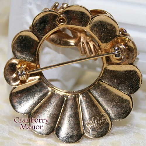 Gold Wheat Wreath Brooch by Coro Pegasus Vintage Mid Century 1940s Designer Fashion Jewelry Gift