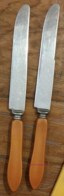 2 Royal Brand Cutlery Company Sharp Cutter Butterscotch Bakelite Knives, Vintage Knife Flatware