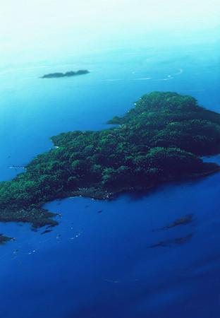 Unhinged Island