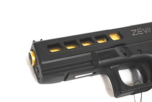 Muzzle of BELL G17 Glock ZEVII Custom TTI Mag Bumper VER No. 741 GBB Airsoft Gun