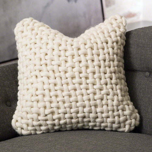 Noodle Felt Pillow - Bone