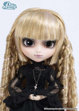 Sample doll / Seila