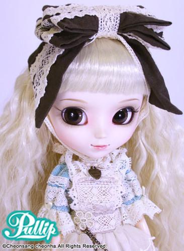 Romantic Alice