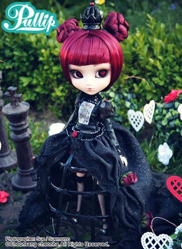 Lunatic Queen