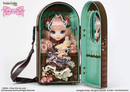 Doll Case & Doll Case set