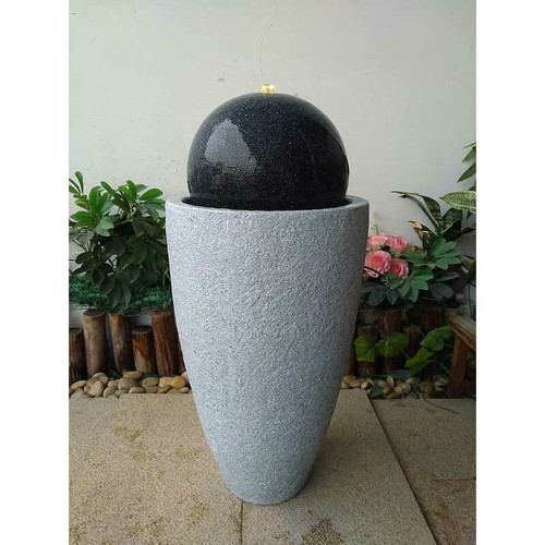 Heissner Mocca Ball On Vase - Granite / Black
