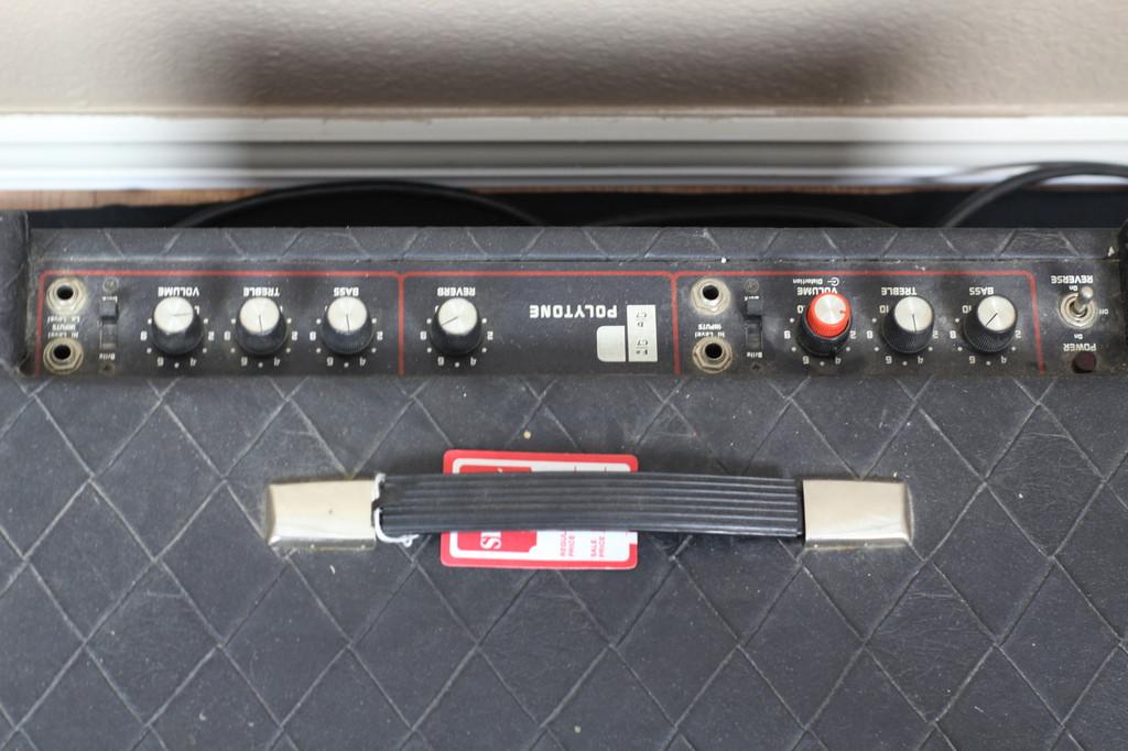 Polytone 2 Channel Amplifier