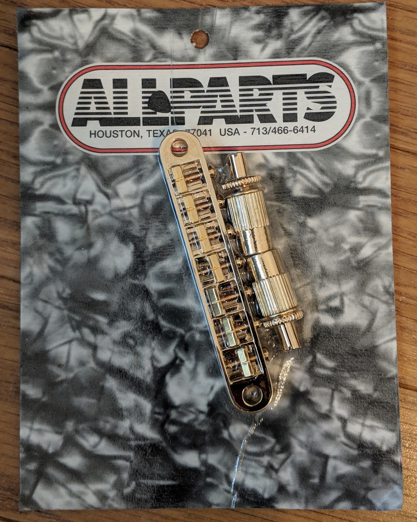 Allparts GB-2577-002 Gold 7 string Tuneomatic bridge