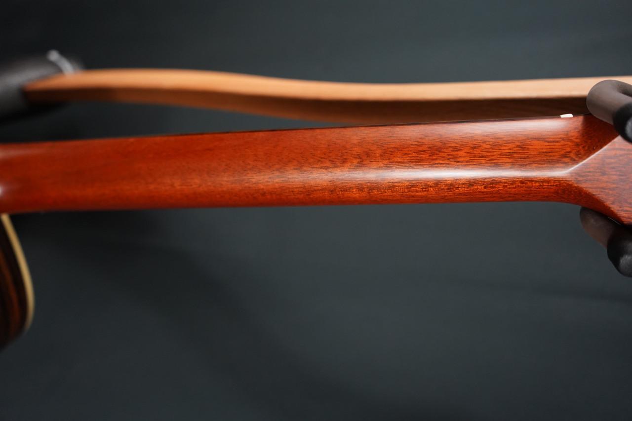Alvarez Yairi YB70 Baritone Acoustic Guitar (Brand New)
