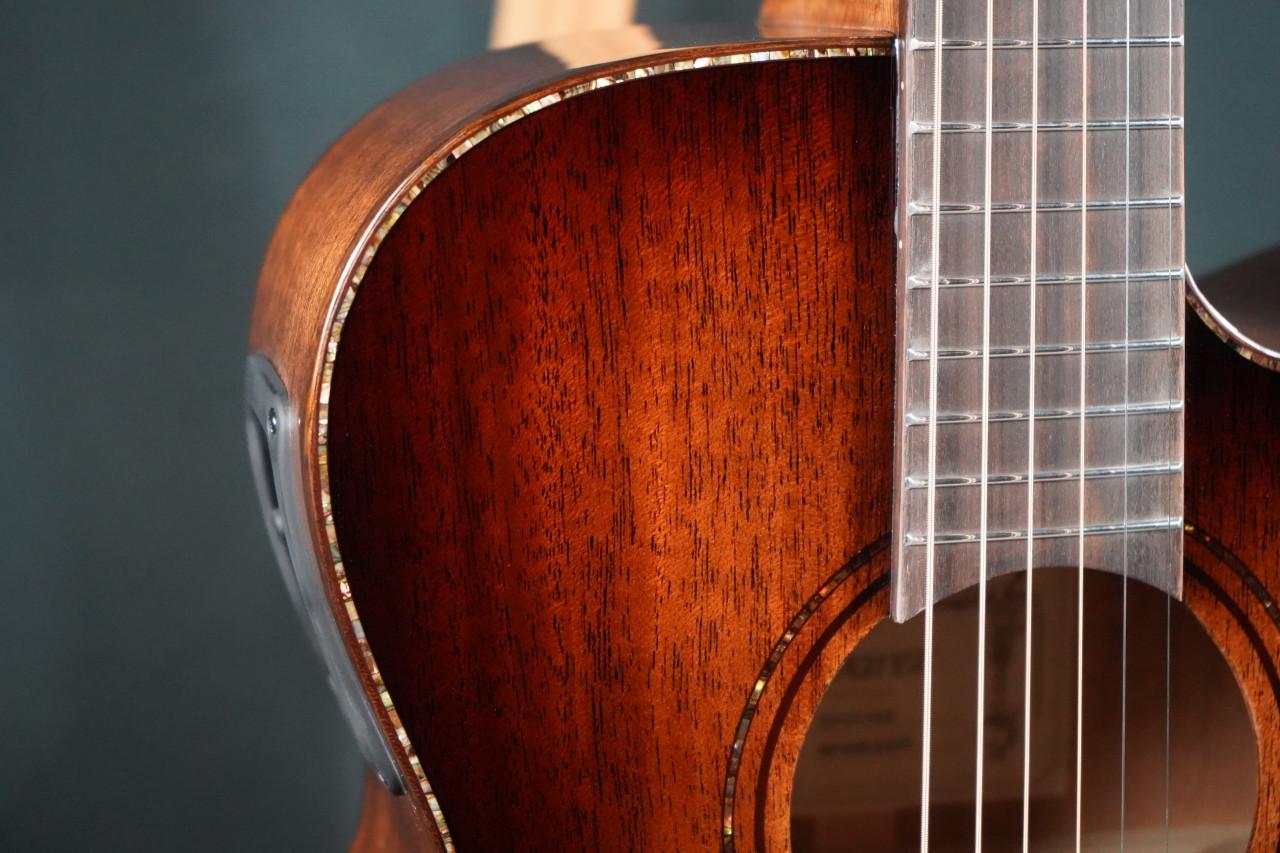 Alvarez Masterworks MFA66CESHB OM Acoustic Electric w/Cutaway