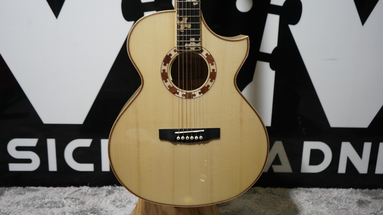 Cort Limited Edition 2020 Puzzle Guitar (All Solid Woods)