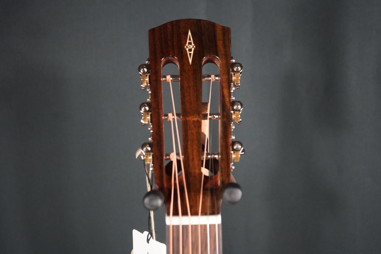 Alvarez Masterworks MDR70ESB Dreadnought Electro Acoustic in Vintage Sunburst