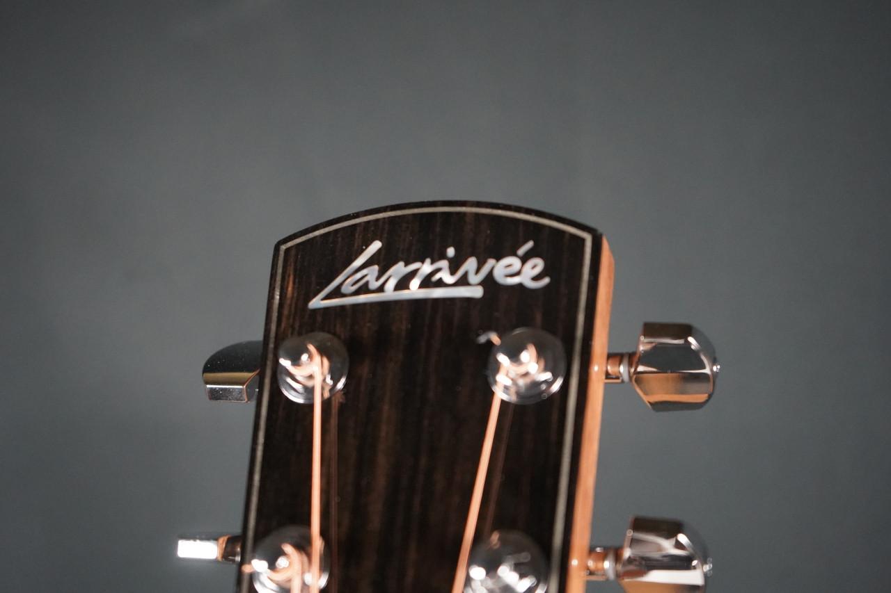 Larrivee OM-09E Sitka Spruce/Rosewood Acoustic Electric Guitar