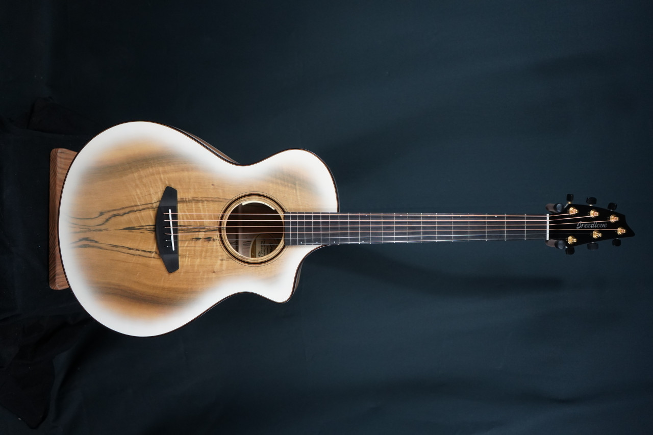 Breedlove Limited Oregon White Sand Concert CE Acoustic-Electric Guitar