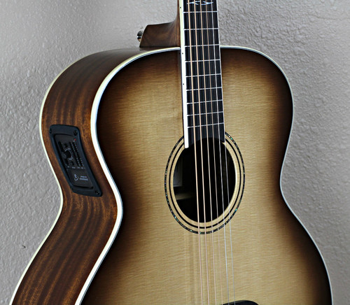 Alvarez ABT60 Baritone Acoustic Guitar Shadowburst