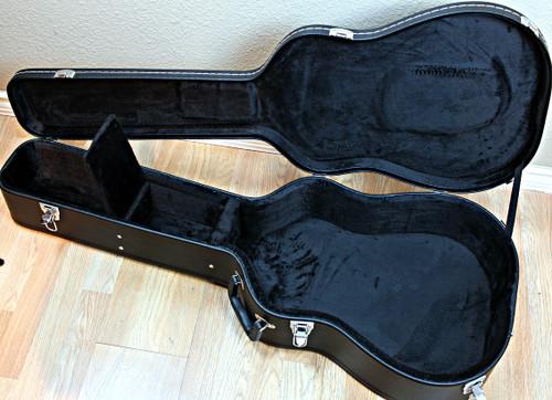 Dreadnought Acoustic Guitar Case Universal (Blowout)
