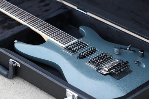 Ibanez S 370 DX w/Hardshell Case