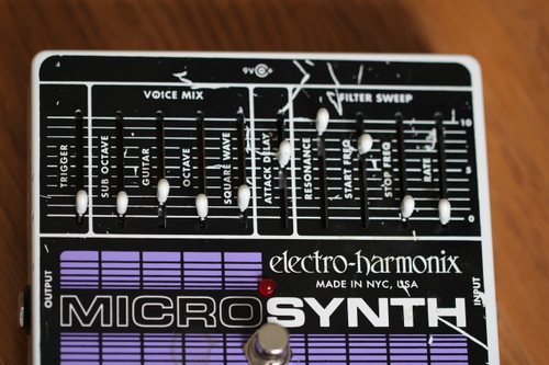 Electro Harmonix Micro Synth Pedal (Used: Free 2-Day Shipping)