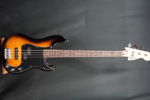 Squier P Bass Sunburst  Pack Open Box