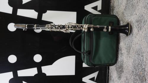 Buffet E11 Wood Clarinet w/Case Used