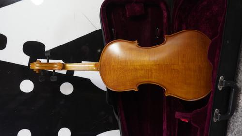 Eastman Strings 4/4 Violin w Case Used