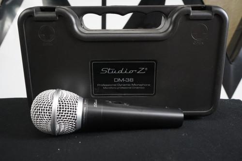 Studio Z DM-38 Microphone Unidirectional Dynamic Cardioid Lead, Karaoke Built to Last Used