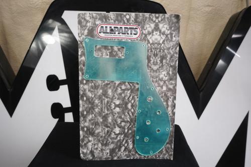 ALLPARTS PG-9845-041 Mirror Pickguard for Rickenbacker 4001