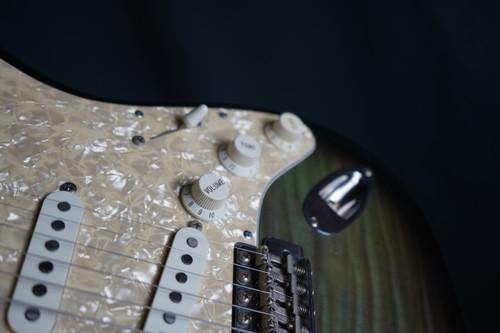 Fender Japanese Stratocaster 1992-1993 Green Foto Flame