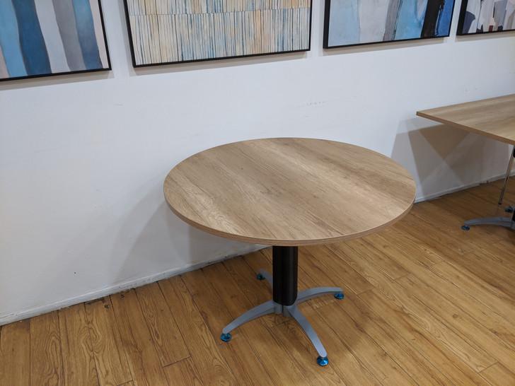 Coney Circular Conference Table In MC02