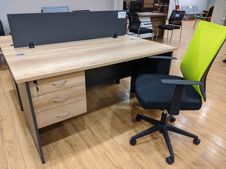 Coney Desk With 3 Drws 1500 X 750 In MC02/Dark Grey