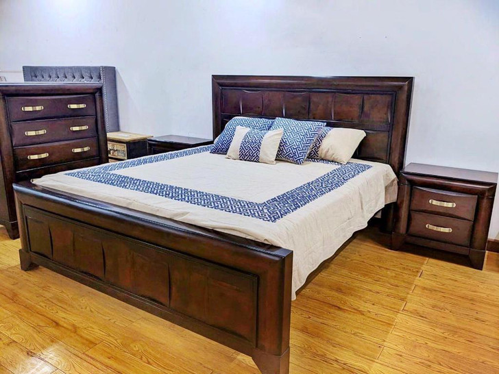 Milanee Queen Bed with 2 Bedside Cabinets (in Antique Sinari)