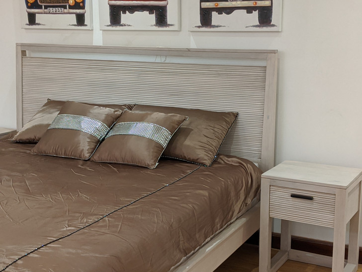 Ritz Bed - King Size In White Wash