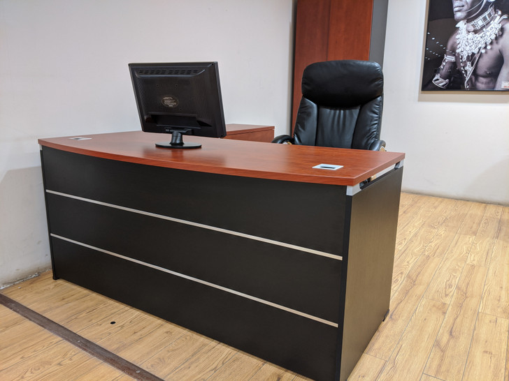 Mosco Managers Desk 1.6m In Red Apple
