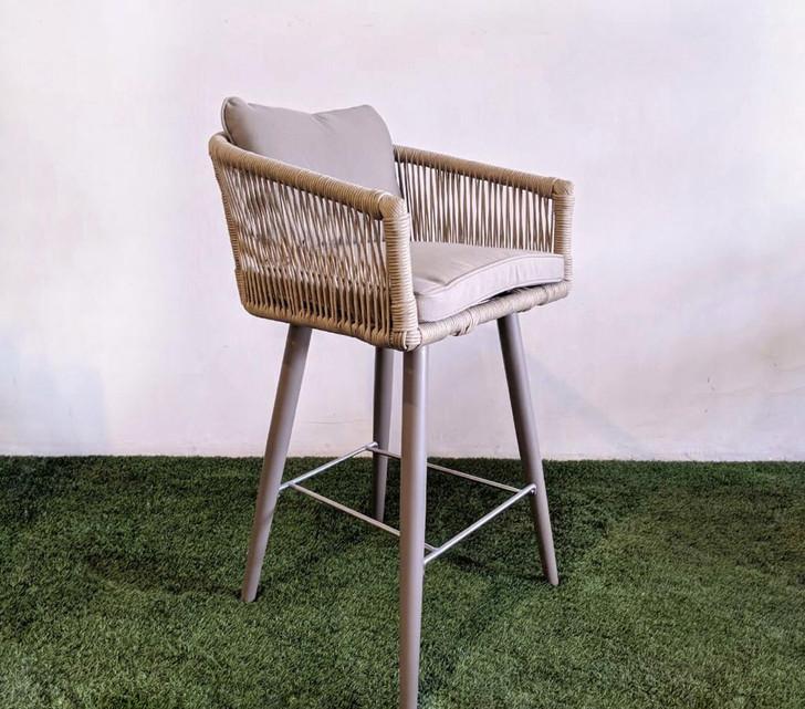 Lulin Bar Chair