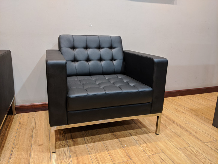 Berlin Reception Sofa 1 Seater