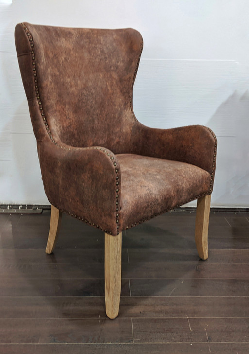 Grace Tufted Back Dining Chair With Arms -In Brown