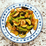 Pad see ew - Thai Stir Fried Noodles with Soy Sauce