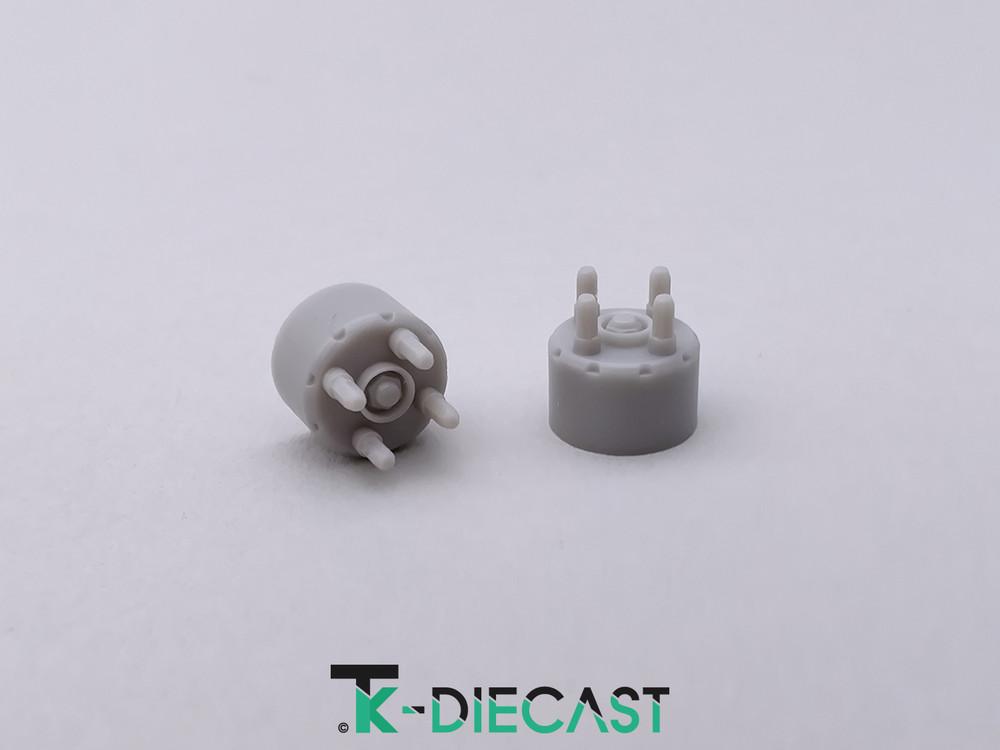 Lug Nut Hub Adapter 4 Bolt w/Axle Nut
