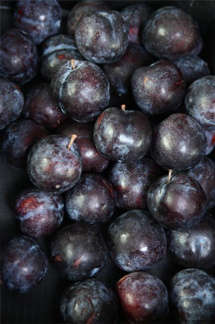 Plums Black Amber Organic - per kg
