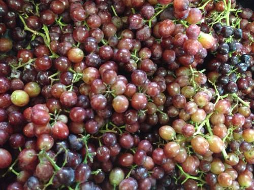 Grapes Crimson Seedless Organic - per 100g