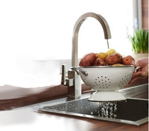 Castle Bay Atlanta Pullout Kitchen Faucet Stainless Steel