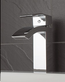 Rubi Fall Single Hole Basin Faucet