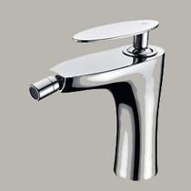 Royal Acadia Single Handle Bidet Faucet in Chrome